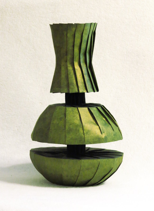 Doubly divided vase New Work: Doubly Divided Vase